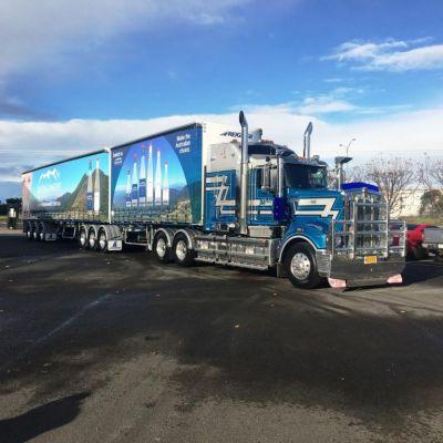 PJA Freightlines T909